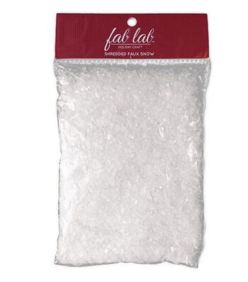 Fab Lab™ Holiday Craft Christmas Plastic Shredded Faux Snow