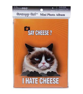 Ultra PRO Grumpy Cat Mini Say Cheese Photo Album