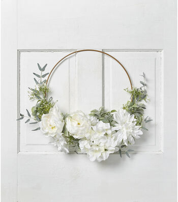 Fresh Picked Spring Peony, Rose & Baby's Breath Wire Wreath-White