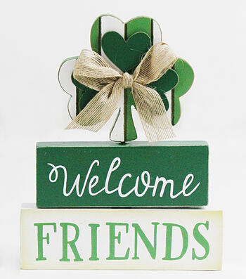 St. Patrick's Day Table Decor-Welcome Friends
