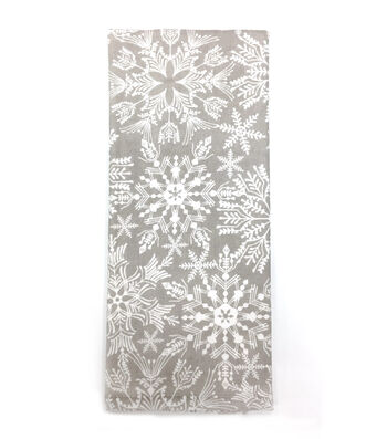 Maker's Holiday Christmas Winterland Towel-White Snowflakes on Gray