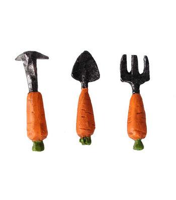 Littles Resin Carrot Gardening Tool Set