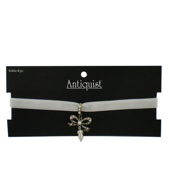 hildie & jo™ Antiquist 18'' White Choker with Bow & Pearl Dangle