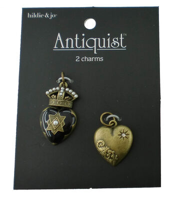 hildie & jo™ Antiquist 2 Pack Heart Antique Gold Charms