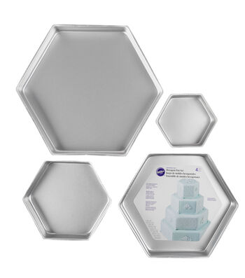 Wilton® Performance Cake Pan Set Hexagon