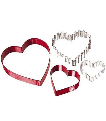 Wilton® From The Heart Nesting
