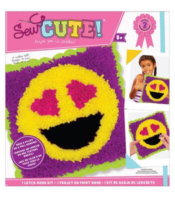 Sew Cute! Latch Hook Kit-Emoji Heart Eyes