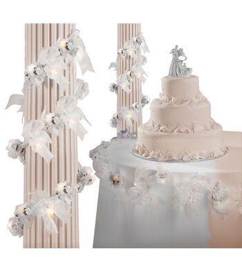 Wilton® 6' Rose Garland