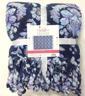 """Wild Blooms Fleece Blanket 50x70""""-Navy"""