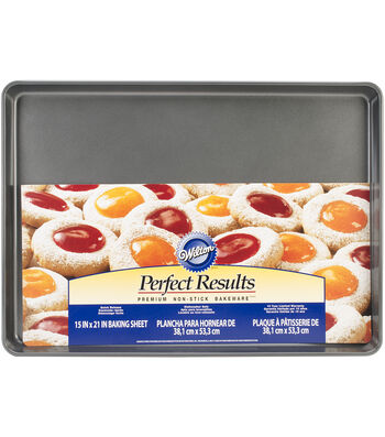 "Wilton® Mega Cookie Sheet 21""X15""-"