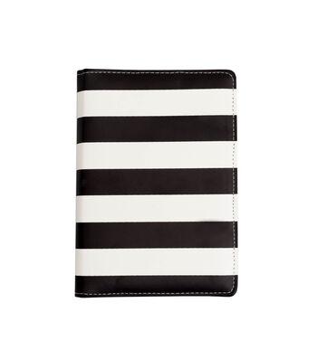 Heidi Swapp Memory Planner 5.5''x8'' 2017 Personal-Black & White Stripe