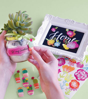 How To Make A Floral Frame and Succulents Gift Project