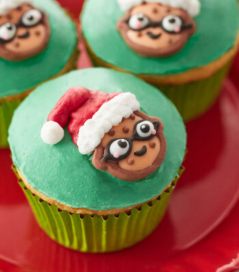 How To Make Nerdy Santa Cupcakes