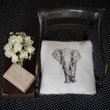 Learn to sew Elephant boxed Cushion