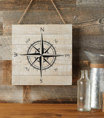 How to Make a Compass Pallet