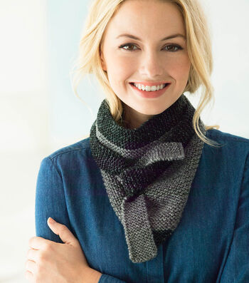 How To Make A Jeans® Color Tipped Triangle Scarf