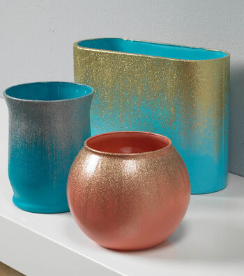 How To Make Glitter Rimmed Glass Vases