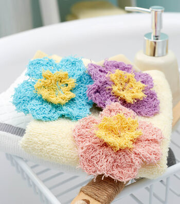 How To  Crochet A Two-Color Small Flowers