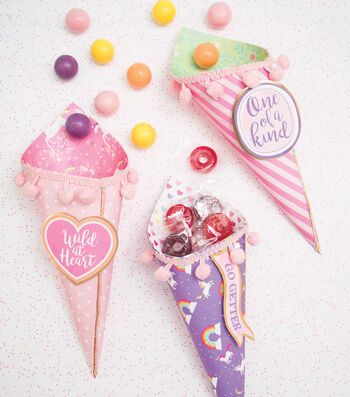 Make Unicorn Candy Cones