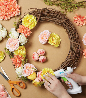 How To Make A Large Floral Grapevine Wreath
