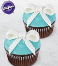 Pretty Fondant Bow Cupcakes