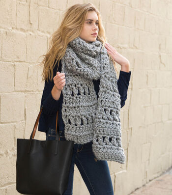 How To Crochet the Super Simple Scarf