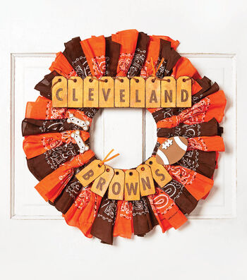 How To Make A  Browns Bandana Wreath