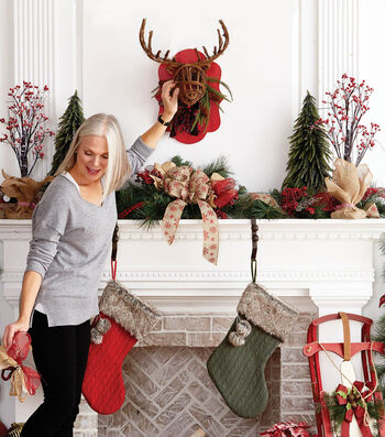 How To Make a Holiday Mantel Scene