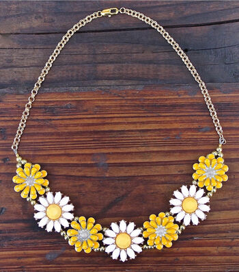 How To Make A Wild Flower Necklace