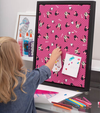 How To Make a Personalized Fabric Covered Corkboard