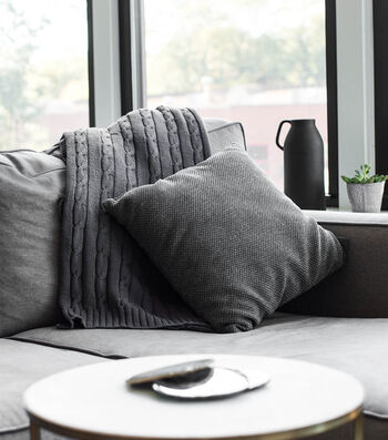 How To Make An Easy Bucket-Dyed Charcoal Grey Throw