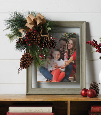 How To Make Pinecone Family Frame