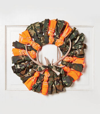 How To Make A Hunter Bandana Wreath