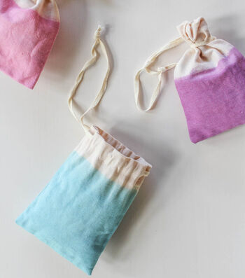 How To Make Dip-Dyed Party Favor Bags