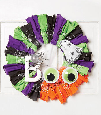 How To Make A Halloween Bandana Wreath