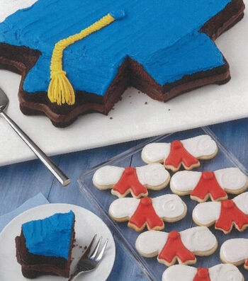 Hats off to the Graduate Brownie Cake and Cookies