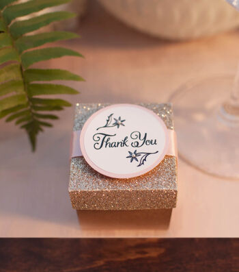 How To Make Hopeless Romantic Wedding Favors Boxes