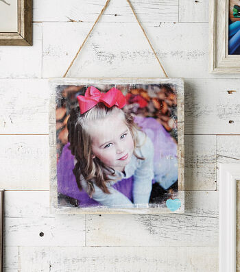 How to Make a Girl Photo Pallet