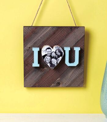 How to Make a I Heart U Pallet