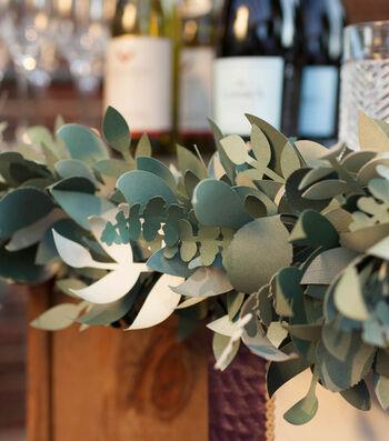 How To Make A Hopeless Romantic Wedding Bar Garland