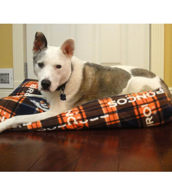 Team Fleece Dog Bed