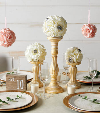 How To Make A Kissing Ball Wedding Centerpiece