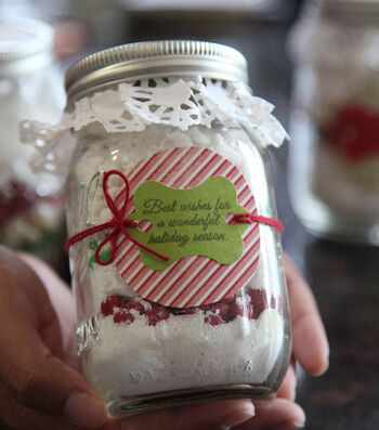 How To Make A DIY Hostess Gift in a Jar