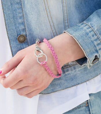 Make A Braided Hemp Bracelet
