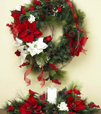 Cardinal Wreath & Arrangement