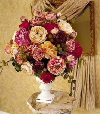 Elegant Urn Arrangement