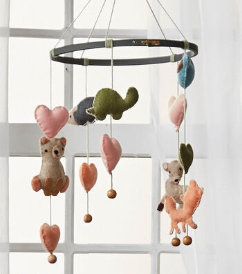 How to Make A Felt Animal Mobile
