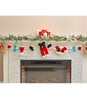 How To Make A Santas Wardrobe Garland
