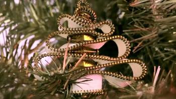 DIY Zipper-Bead Christmas Tree Ornament