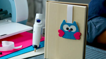 Cricut Explore Making a Bookmark